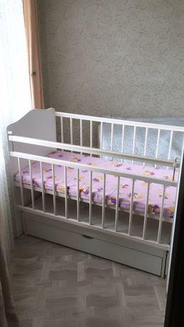 Продам детскую кровать в идеальном состоянии 25000