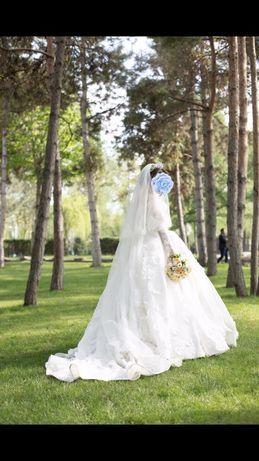 Срочно продам свадебное платье.
