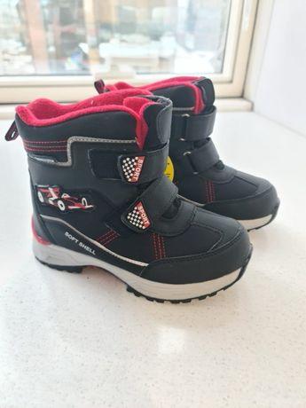 Новые ботинки для мальчиков