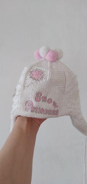 Зимняя шапка для девочки, б/у, состояние отличное, смотрите фото!!!