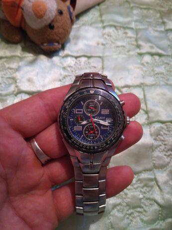 Продам часы в отличном состоянии!