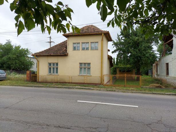 Vând casă renovabila/demolabila