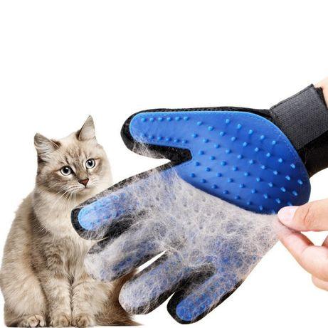 Перчатка для вычесывания животных - собак, кошек, шерсть