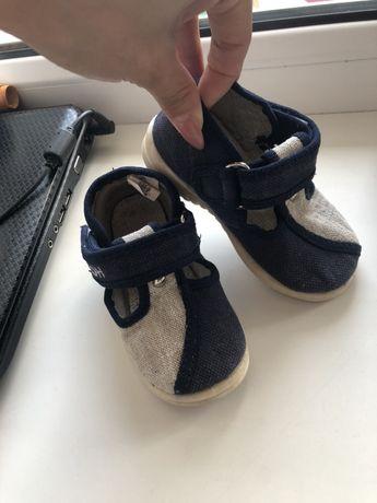 Продам детскую обувь 21 р-р
