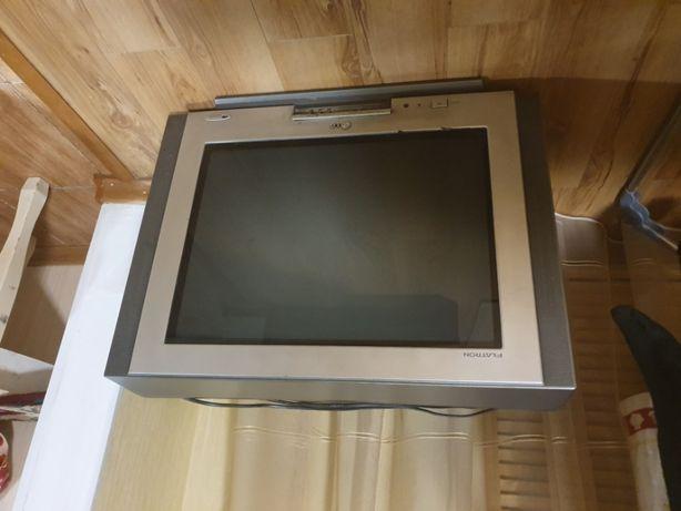 Продам б/у телевизор LG