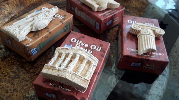 луксозни лечебни сапуни от Гърция + подарък магнит от камък