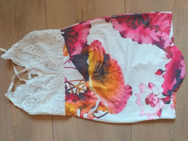 Rochie cu spate decupat