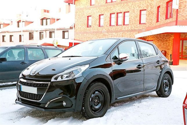 Dezmembram Peugeot 208 1.2 i din 2018