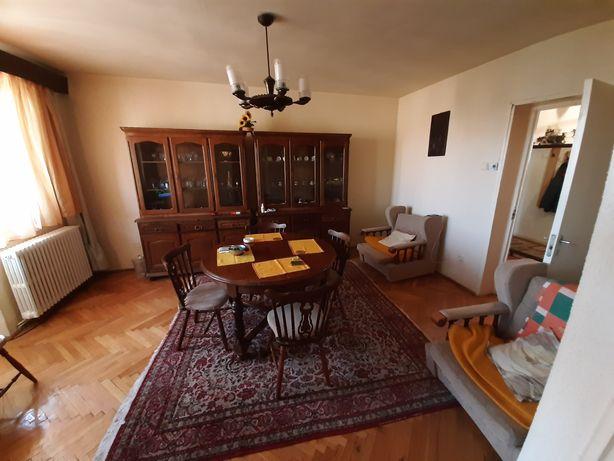 Apartament 4 camere zona centrală