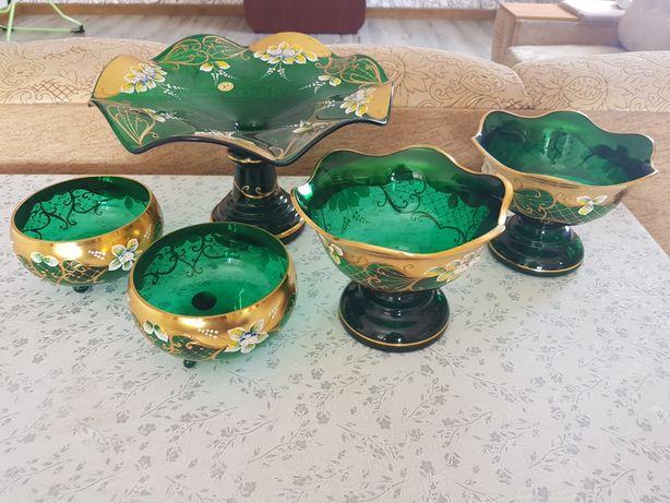 Продам богемскую посуду