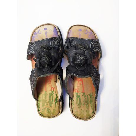 Женская обувь,шлепанцы кожанные