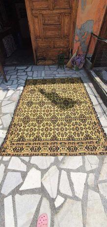 персийски килими и други