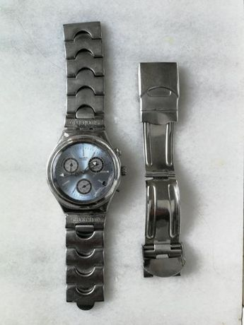 Ceas swatch functional