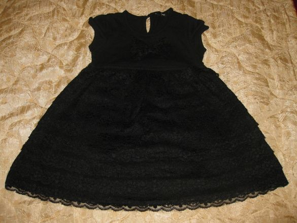 Красива рокля George Трико и дантела 122 см