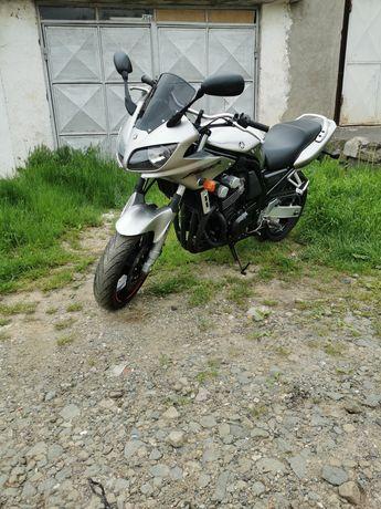 Dezmembrez Yamaha Fazer Fzs 600