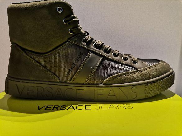 Продавам спортни обувки Versace Jeans