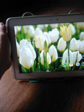 Продам планшет тап-10 samsung 40000тысяч тенге