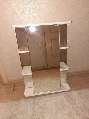 Продам шкаф-зеркало в ванную