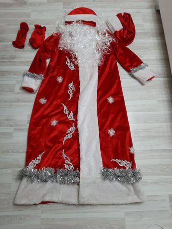 Костюм Деда Мороза в отличном состоянии