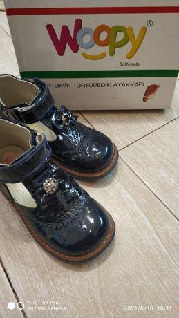 Продам ортопедические туфельки