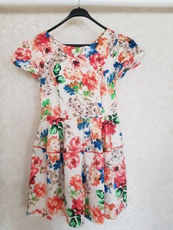 Летняя красивое платье.