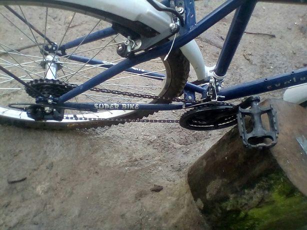 Bicicleta noua nouta