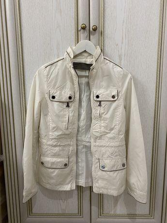 Легкая куртка-ветровка Zara