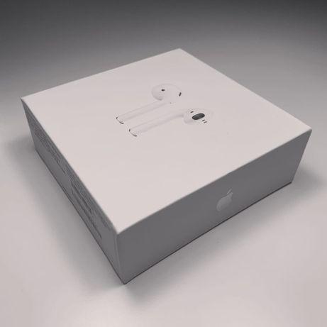 Оригинальные Apple AirPods (2‑го поколения) с зарядным футляром
