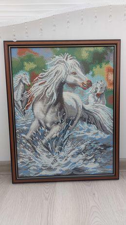 "Гоблен ""Диви коне"""