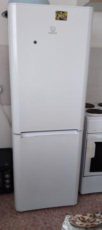 Шкаф холодильник