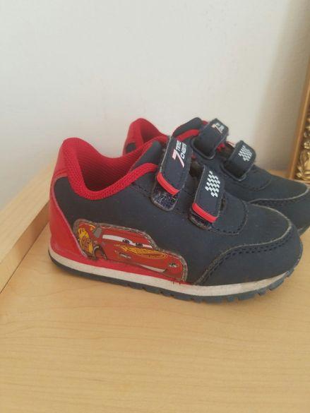 Детски кожени обувки