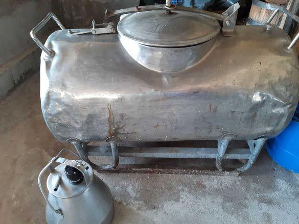 Цистерна за мляко,агрегат и вана