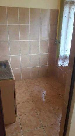 Vand apartament 2 camere,