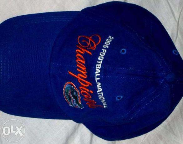 Оригинална шапка на американски колежански футболен отбор!