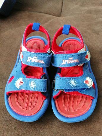 Детаки сандали