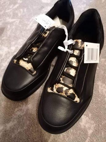 Дамски обувки нови