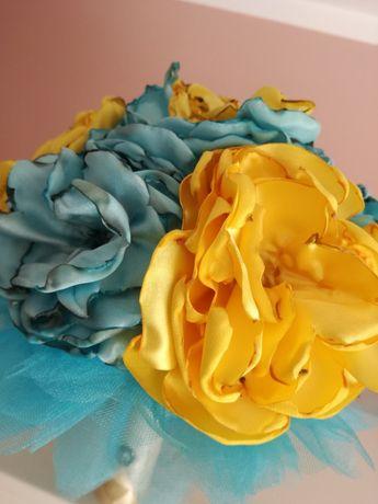 Букет цветя от плат