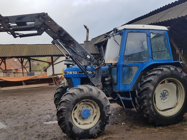 vand tractor ford cu ancarcator frontal