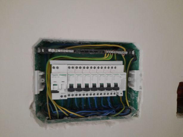 Electrician caut lucrari