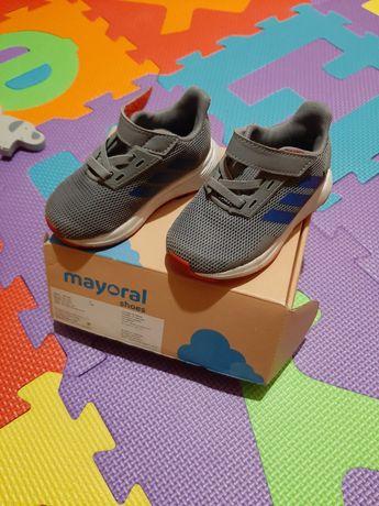 Детски обувки Адидас