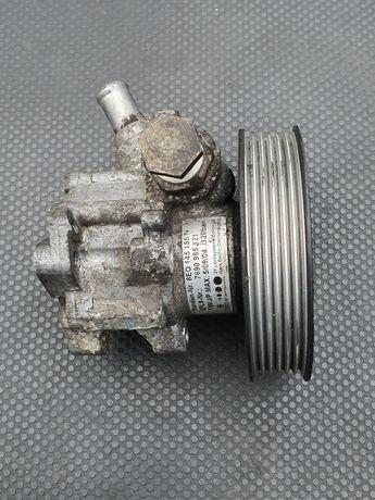 pompa de servodirectie provenita de pe un Audi A4 B6