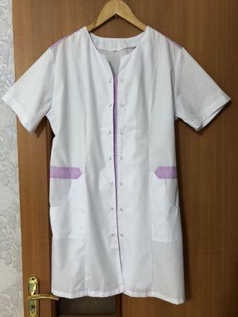 Продам медицинские халаты
