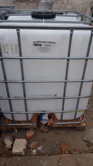 Bazin / Cub / container / IBC 1000L