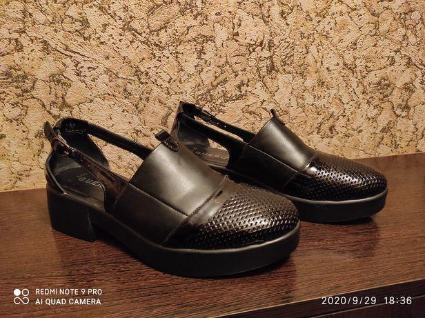 ПРОДАМ кожаные женские туфли на полную ножку (размер 40-41).