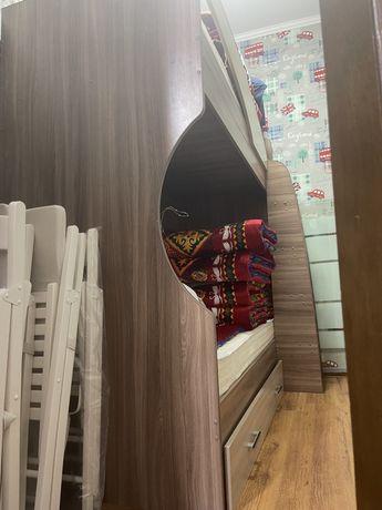 Двухъярусная кровать,30.000 тенге