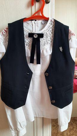 3500т .размер-140..блузка школьная для девочек