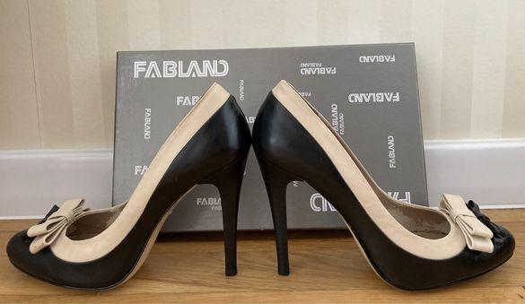 Елегантни обувки с висок ток