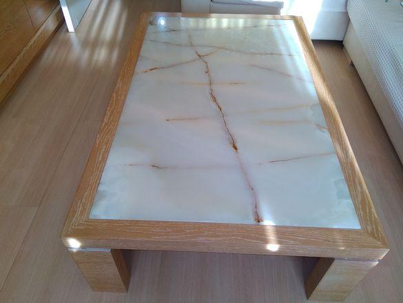 Холна маса мраморен камък масив
