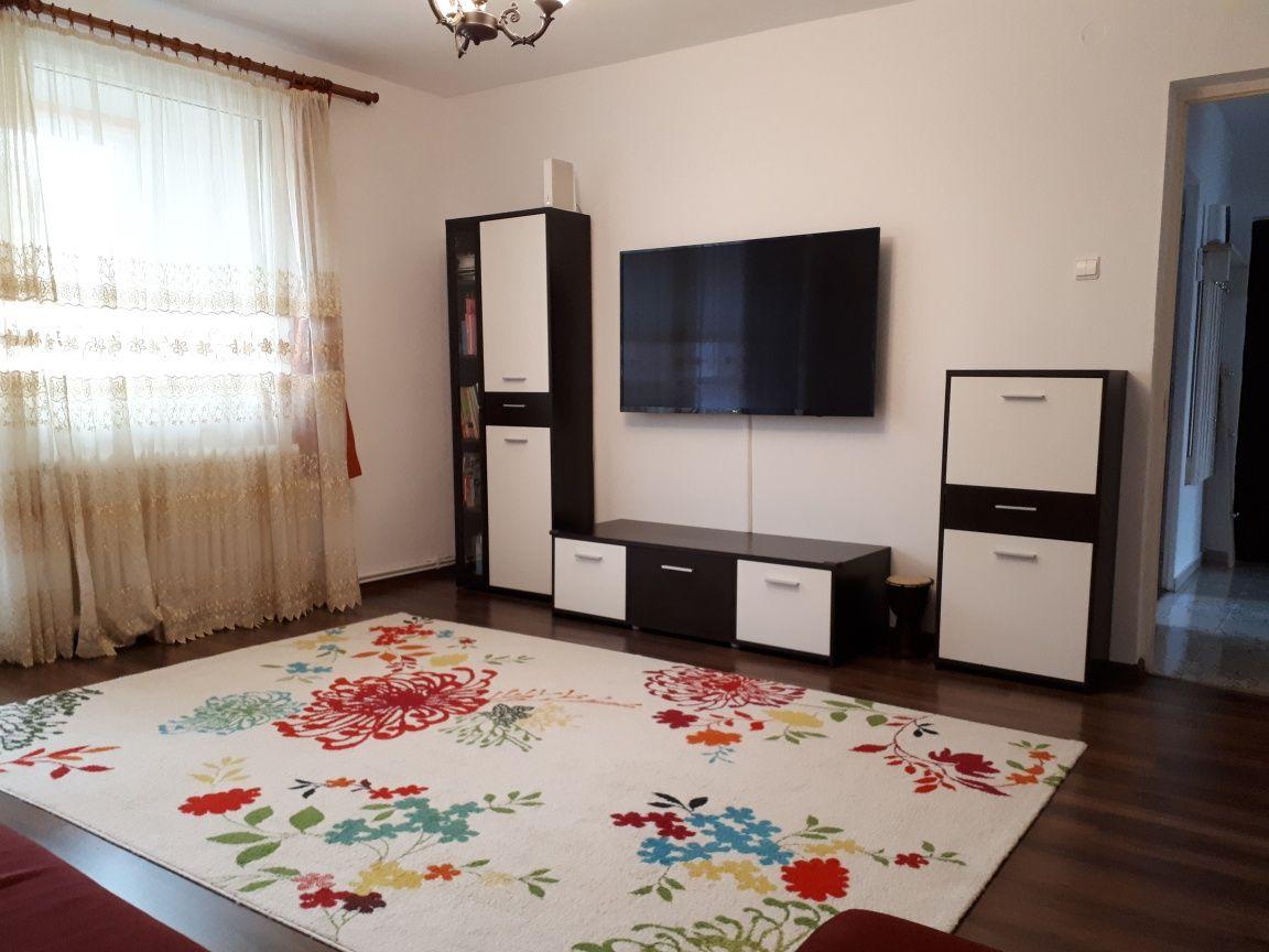 Apartament 3 camere decomandat mobilat si utilat Liliacului/Eminescu