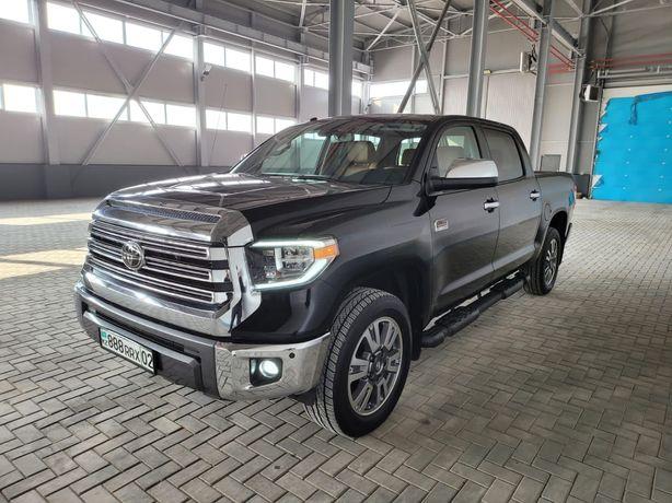 Продам Toyota Tundra